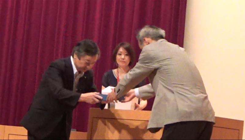 日本医師会常任理事、石川 広己先生から感謝状をいただく。